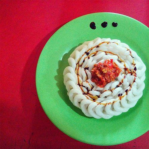 #wartegfood kerupuk sambal with art