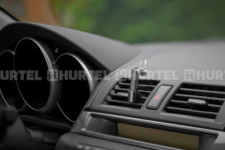 Plantronics Explorer 110 - Uniwersalna słuchawka Bluetooth obsługująca do 2 urządzeń jednocześnie + uchwyt samochodowy (czarny)