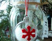 Boule transparente de Noël avec flocons feutrine et fausse neige. : Accessoires de maison par laboiteabijouxnanny