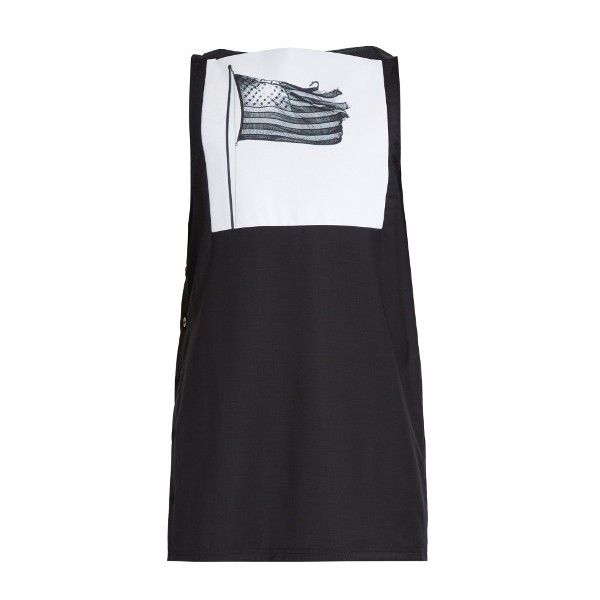 Raf Simons American Flag-print wool tank top (4.055.360 IDR) ❤ liked on Polyvore featuring men's fashion, men's clothing, men's shirts, men's tank tops, dark navy, mens woven shirts, mens graphic t shirts, mens graphic tank tops, mens american flag shirt and mens wool shirts