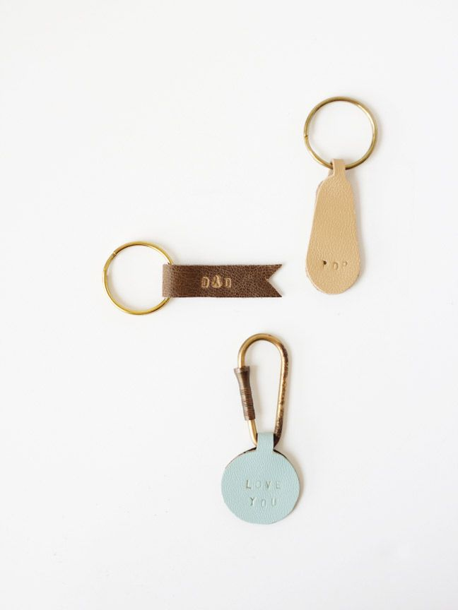 DIY Personalized Leather Keychains Tutorial by momtastic