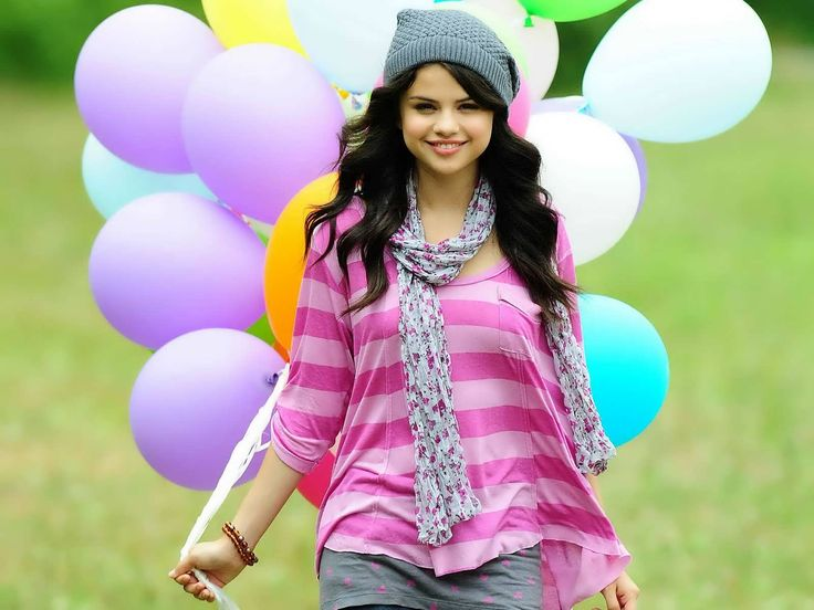 Gorgeous Selena Gomez Wallpapers Collectin in HD 1080p