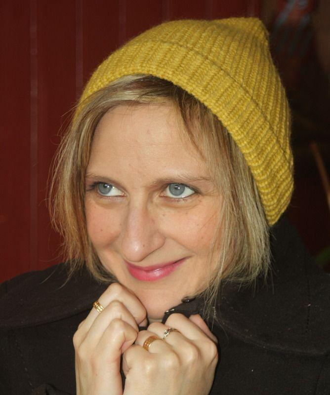 Bonnet moutarde en laine : Chapeau, bonnet par magalie-tissot-creations