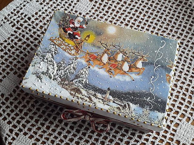 christmas box, deciupage Joanna