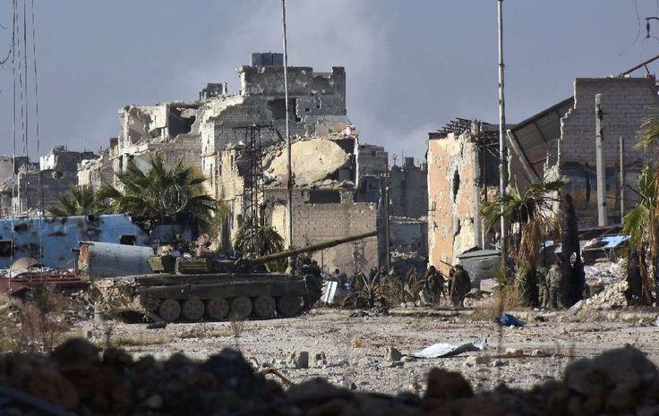 Die syrische Armee rückt bei ihrer Großoffensive im Ostteil Aleppos weiter vor und hat nach heftigen Kämpfen mehrere Viertel eingenommen. Inzwischen haben die Regierungstruppen Aktivisten zufolge rund 60 Prozent des Ostteils von Aleppo erobert.