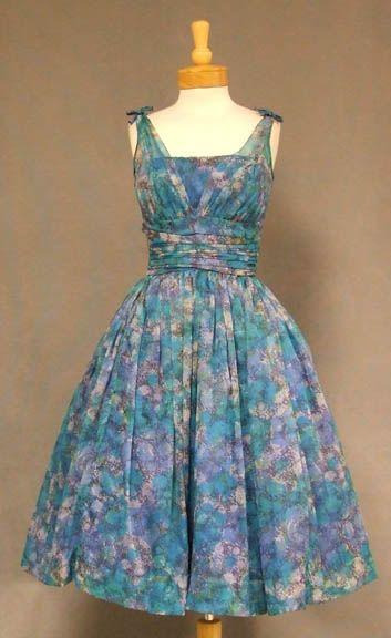 $215 Vintage Clothing, Costume Jewelry, Fashion Accessories VINTAGEOUS.COM