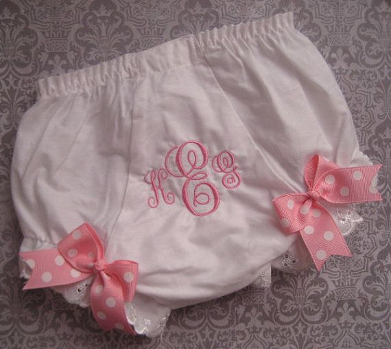 Stella's got a lot of dresses for this summer... I guess I'm gonna have to get her some cute underpants!: Monograms Diapers, Pick Colors, Baby Girls, Diapers Covers, Initials Monograms, Colors M2M, Diaper Covers, Absolutely Pictures, Bows Shift