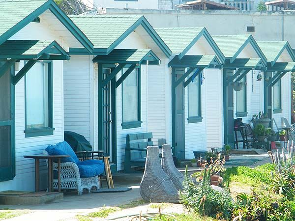 John Woods Says: On A Recent Trip To San Diego, I Came Across This Cute  Collection Of Tiny Cottages Just Off The Pier In Ocean Beach, California.