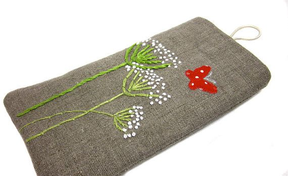 Glasses Case embroidered queen annes lace by modernandvintage on etsy