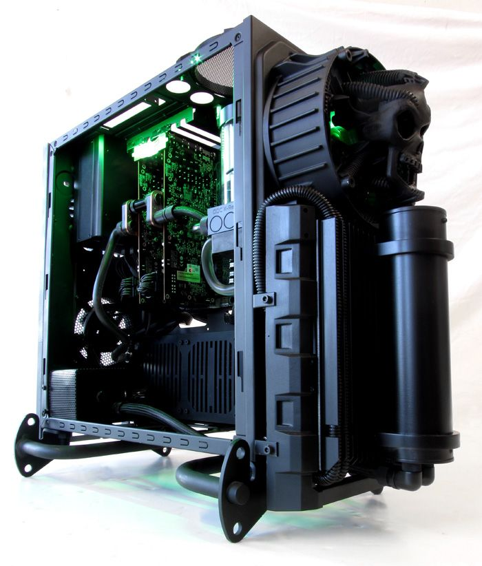 Cooler Master Case Mod HR GIGER Tribute Project Biomechanical Hardline Liquid Cooled Gaming PC by MNPCTECH. By FAR, one of the most badass PC Modz I've seen in over twenty years.