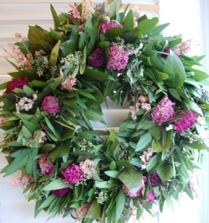 peony wreath by Circle Home and Design: Circles, Summer, Design, Peonies, Wreaths, Colours