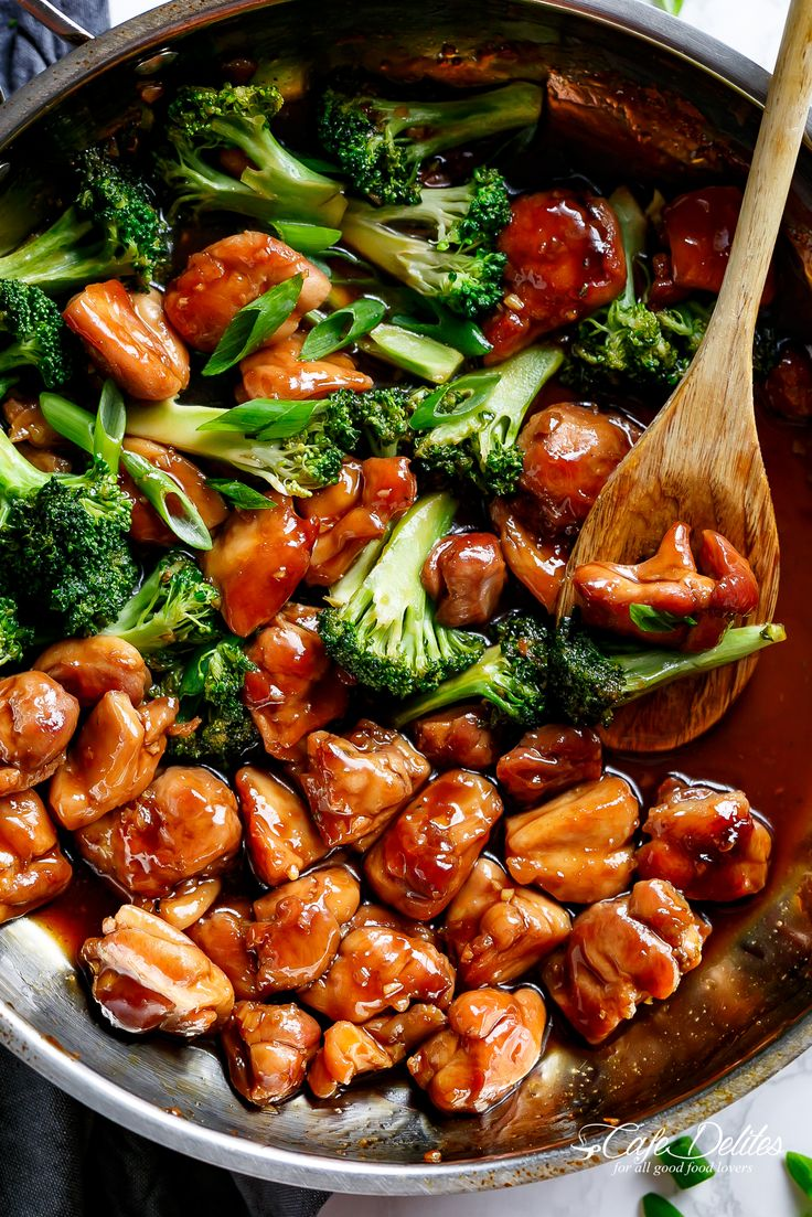 Teriyaki Chicken with broccoli is a super easy chicken recipe cooked in 10-minutes with no marinading needed! Crispy and juicy skinless chicken thighs stir-fried and swimming in a beautiful flavoured homemade teriyaki sauce. A hint of garlic adds a twist on a traditional Japanese Teriyaki. Better than bottled sauce!