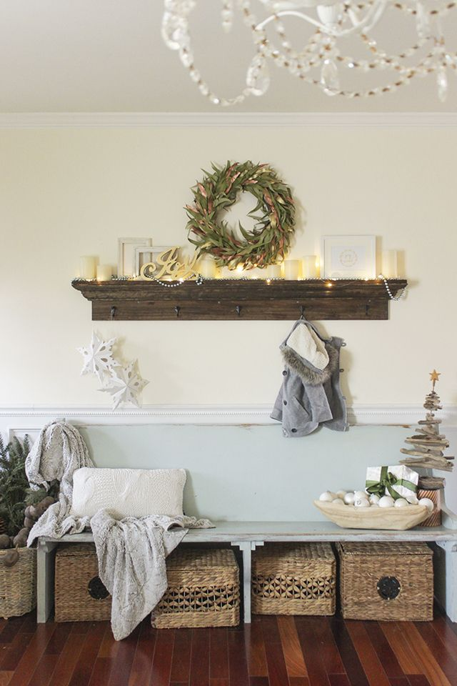How to build an 'mantel' entry shelf with hooks.