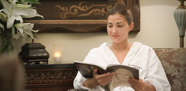 Are you looking for Spa Packages? Call  (937) 427-3529 for a great Spa Experience in Beaver Creek, Dayton, Kettering, Centerville or Miamisburg.