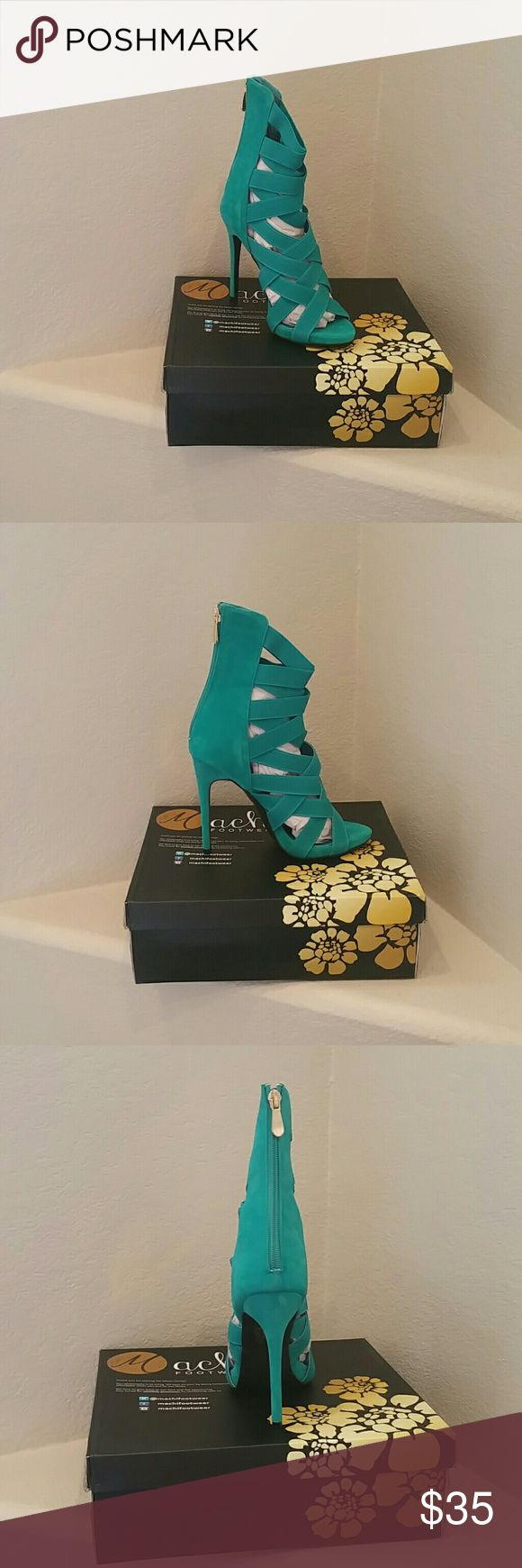 Women's size 8 teal high heels These teals strappy high heels are HOT! Never worn brand New! Shoes Heels