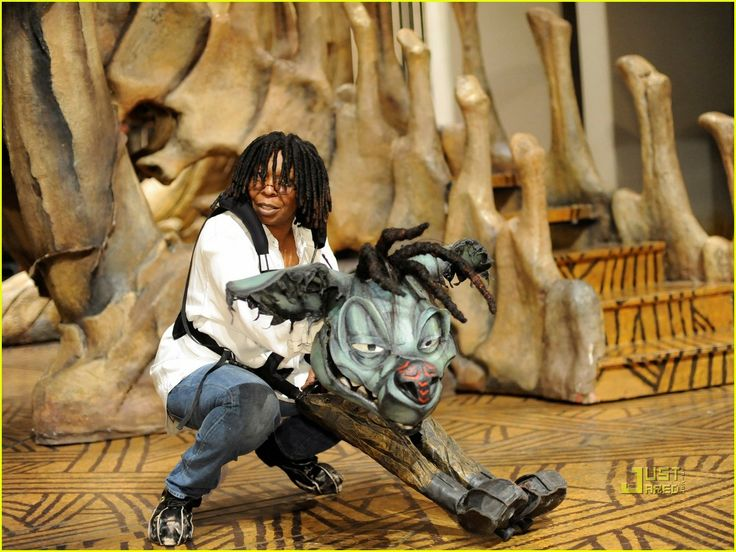 Whoopi Goldberg Makes Broadway Cameo in 'The Lion King'! | whoopi goldberg the lion king broadway 08 - Photo