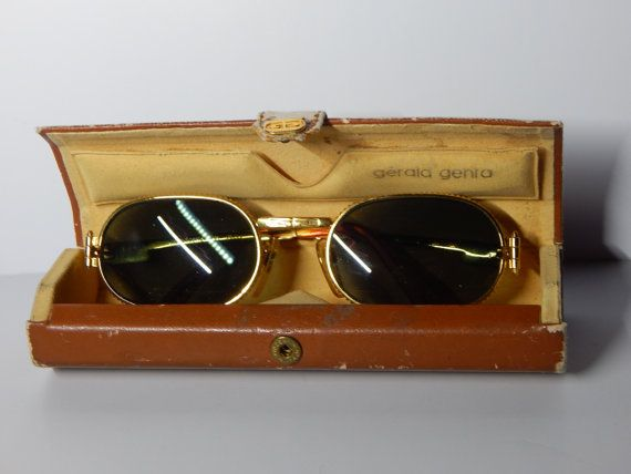 Gérald Genta Gefica Gold Vintage Womens Sunglasses, with leather case and serial number  140 AG seriously dark sunglasses