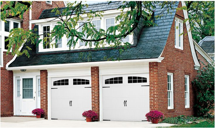 Wayne Dalton's entry-level garage doors, Classic Steel Garage Doors 8000 – 8100 – 8200 offer the right choice for any style and budget. Available in three panel designs, as well as an array of painted finishes and window options, these doors can be personalized to complement any home.
