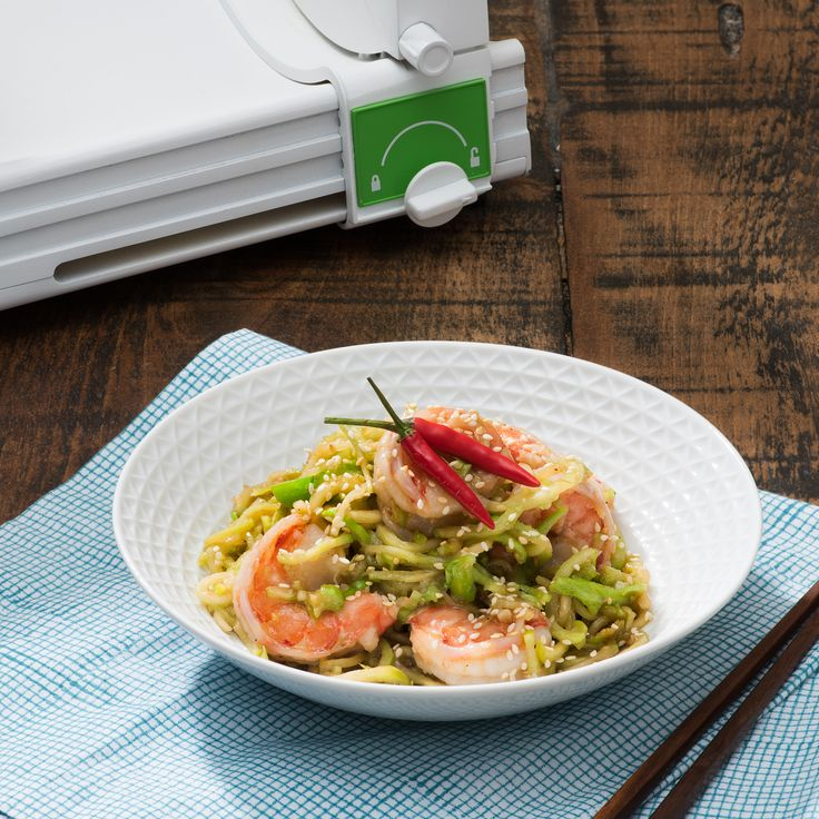 Teriyaki Broccoli Noodles with Shrimp - Bella Housewares   Tip: This stir-fry is just as delicious made with cubed chicken, pork or beef instead of shrimp.  NUTRITION FACTS Per 1/4 recipe Calories 330 Fat 14g Cholesterol 170mg Sodium 1410mg Carbohydrate 22g Fiber 4g Sugars 10g Protein 28g Note – Nutrition information does not include rice.