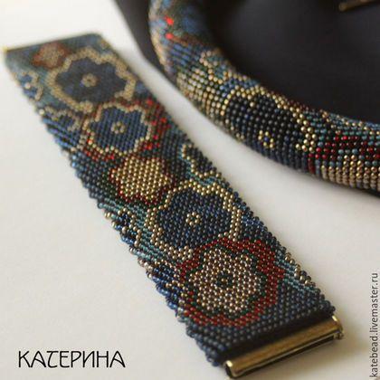 Браслеты ручной работы. Заказать браслет «Темные цветы», широкий браслет, браслет из бисера. Каtеpина. Ярмарка Мастеров. Жгут из бисера