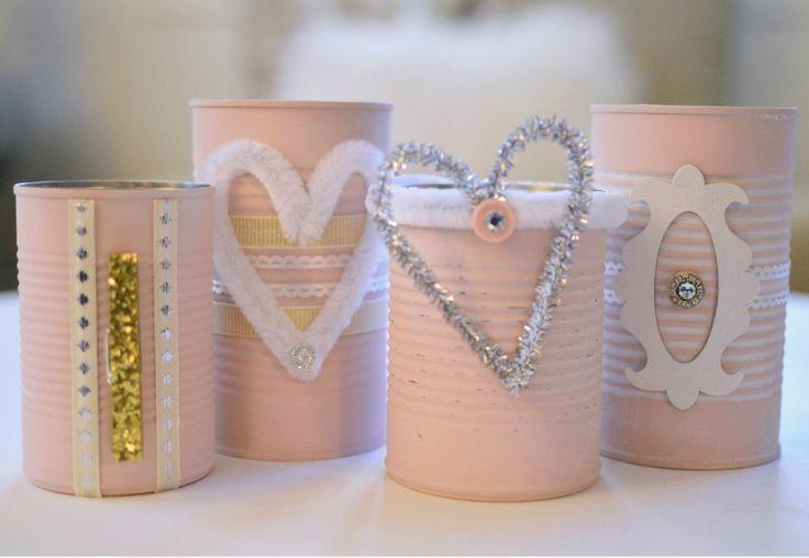 Decorar latas para San Valentin en Shabby Chic - http://decoracion2.com/decorar-latas-para-san-valentin-en-shabby-chic/58778/ #IdeaSanValentin, #IdeasParaDecorar, #Manualidades #Manualidades