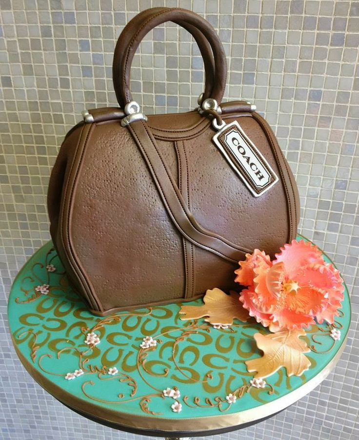 finding purse cakes in milan | ... purse birthday cake almost looks real! Made by Over the Top Cakes