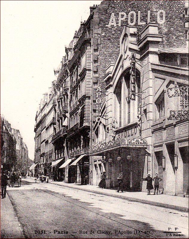 La rue de Clichy et l'Apollo, une ancienne salle de music-hall aujourd'hui disparue, vers 1910  (Paris 9ème)