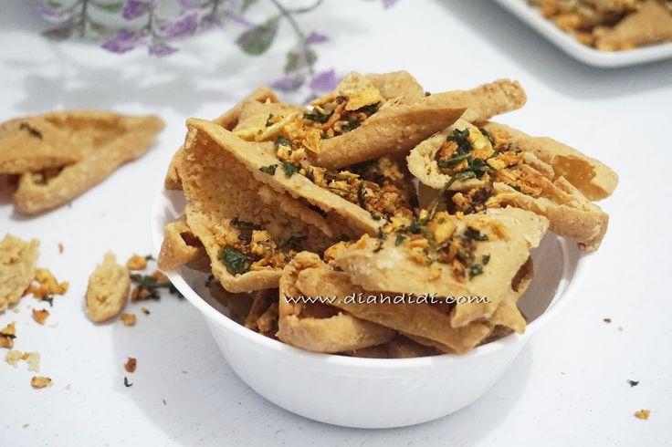 Diah Didi's Kitchen: Keripik Tahu Pong Tabur Bawang