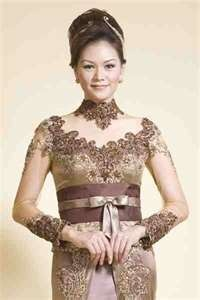 Modern wedding kebaya
