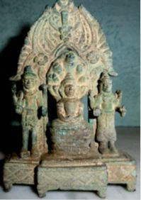 14 best khmer arts images on pinterest buddha bronze and cambodia a fine khmer triad bronze 3 95 rdquo x 2 5 rdquo ca century buddha muchalinda flanked on either side by vishnu and uma a century style malvernweather Choice Image