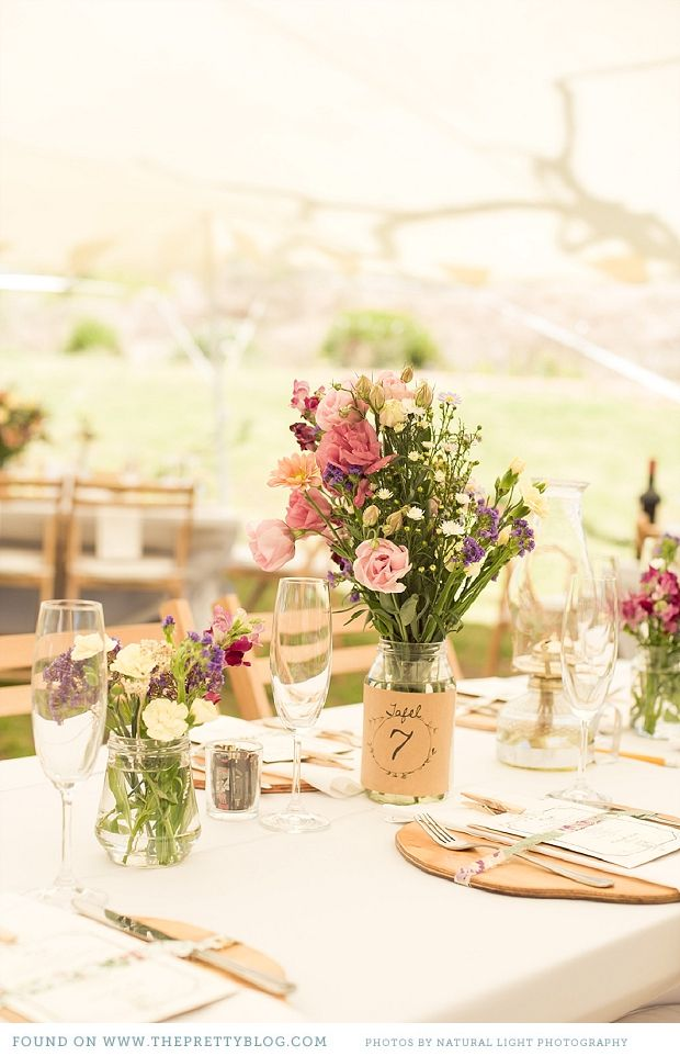 South African wedding: table settings Photographer: Natural Light Photography