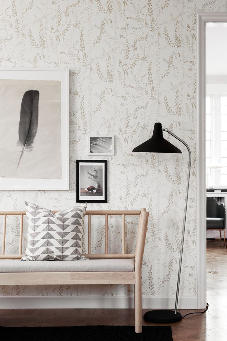 Design by Arne Jacobsen - Bladranker #1785 #borastapeter #scandinaviandesigners #wallpaper