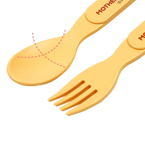 STEP UP SPOON & FORK Fork prongs have a rounded finish so our little customers don't hurt themselves. The perfect size for little hands! Available at www.kidsberry.com.au
