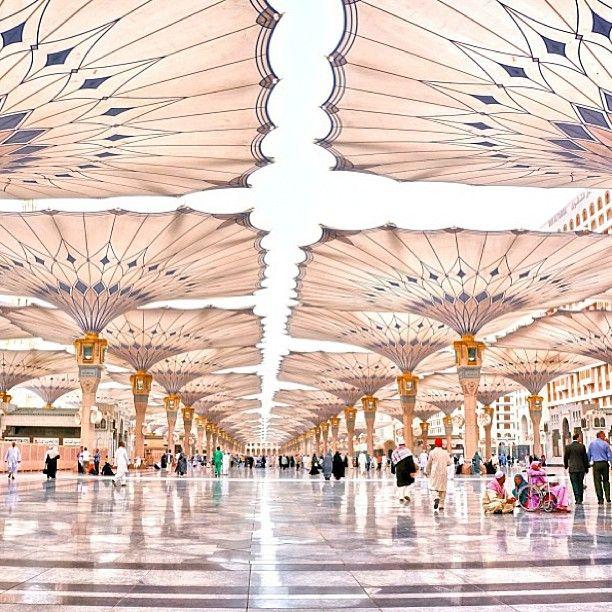Flower-like shade umbrellas in AlMasjid Alnabawi in Medina, Saudi Arabia