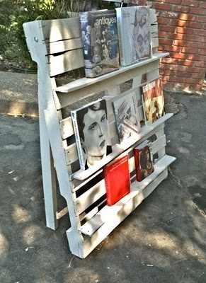 Pallet Shelves III - maybe as room divider with book or pictures