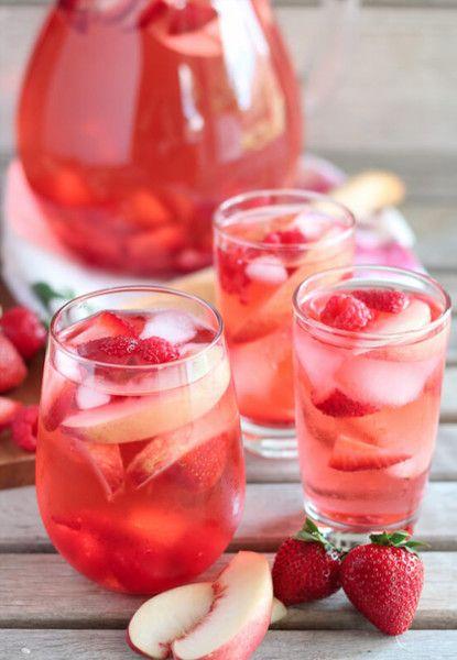 Peach Rosé Sangria - Refreshing Rose Cocktail Recipes - Photos