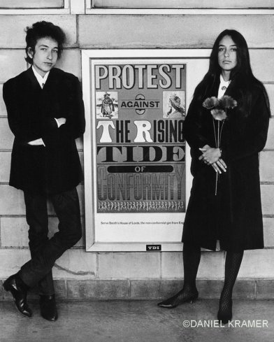 "Bob Dylan and Joan Baez with protest sign, NJ, Daniel Kramer, 1964.  ""Protest Against the Rising Tide of Conformity."""