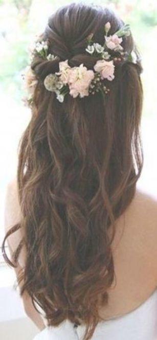 Frisuren Frauen Hochzeit Half Up 54+ Ideen - - #Frisuren #Ideen #Hochzeit #Frauen - #FrisurenBrautjungfer