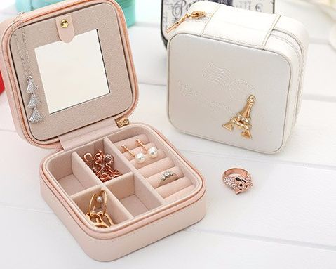Jodi Jewelry Travel Case from Muzette 009 for rings, bracelets, necklaces, bits and bobs