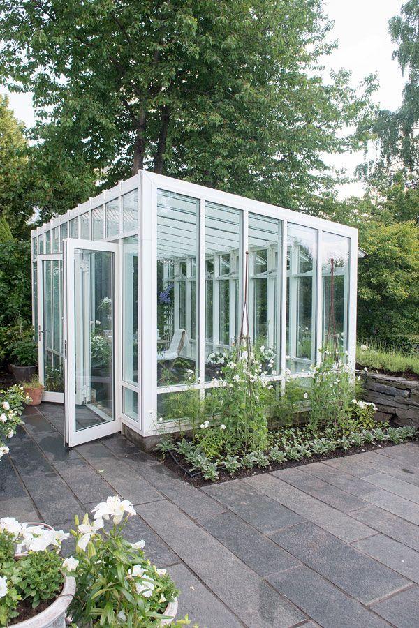 Drömmer du om ett växthus? Här är 11 vackra, originella, små och stora växthus att bli inspirerad av