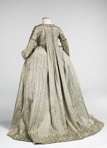 Robe à la Française (image 2) | French | 1780 | silk | Brooklyn Museum Costume Collection at The Metropolitan Museum of Art | Accession Number: 2009.300.855