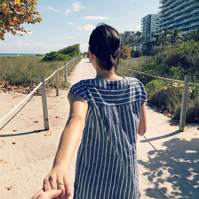 Walking through this life with you is always exciting. 👦🏻💕👧🏻  _  .  .  .  .  #jandetakemiami #frombehind #fromwhereistand #lovelife #thankfulforyou #dailygram #miamilife #floridalife #floridasun #springvacation #miamitrip #miamibeach #travellife #travelgram #travelpic #데일리그램 #일상스타그램 #뒷모습 #지금 #주말 #휴가 #마이애미 #트래블그램 #여행스타그램 #여행중 #여행그램