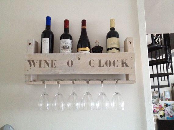 étagère porte verres et bouteilles de vin