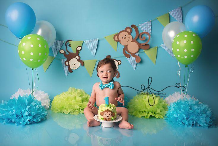 Monkey-themed first birthday. Photo by Elizabeth Frederick Photography.