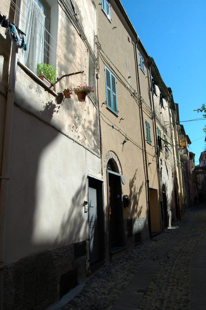Taggia (IM)  centro storico
