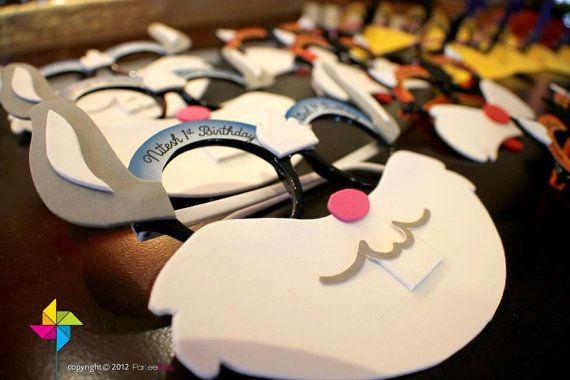 Customized Party Masks Looney Tunes Theme x 10 pcs by ParteeBoo, $24.99