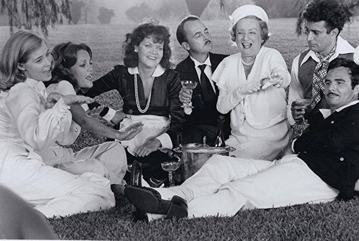 Burt Reynolds, Madeline Kahn, Cybill Shepherd, Eileen Brennan, John Hillerman, and Mildred Natwick in At Long Last Love (1975)
