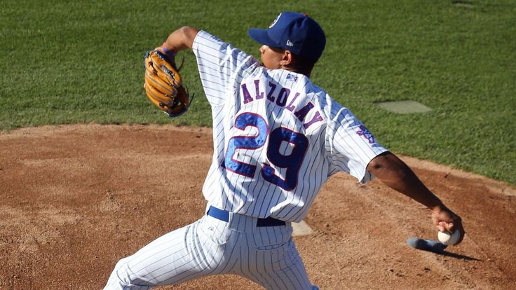 Cubs face 40-man roster deadline on Monday night
