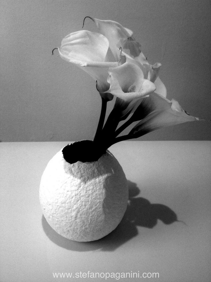 Japanese vase with flowers #fuorisalone #milano #italy #design #photo