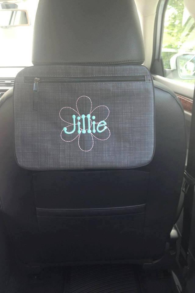 Pocket a tote for the car  www.mythirtyone.com/372371 https://www.facebook.com/denisesheff31 #thirtyone #backseat